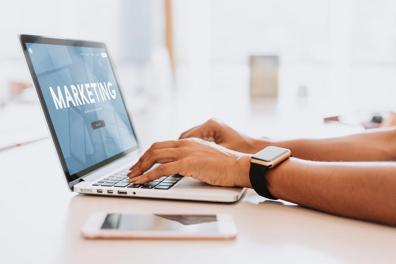 Curvearro: Digital Marketing Company in St. Louis