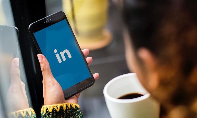 grow business through videos on LinkedIn